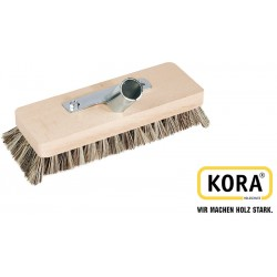 Szczota do czyszczenia i renowacji deski tarasowej.